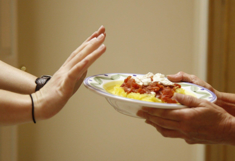 насколько тяжело перенести сухое голодание