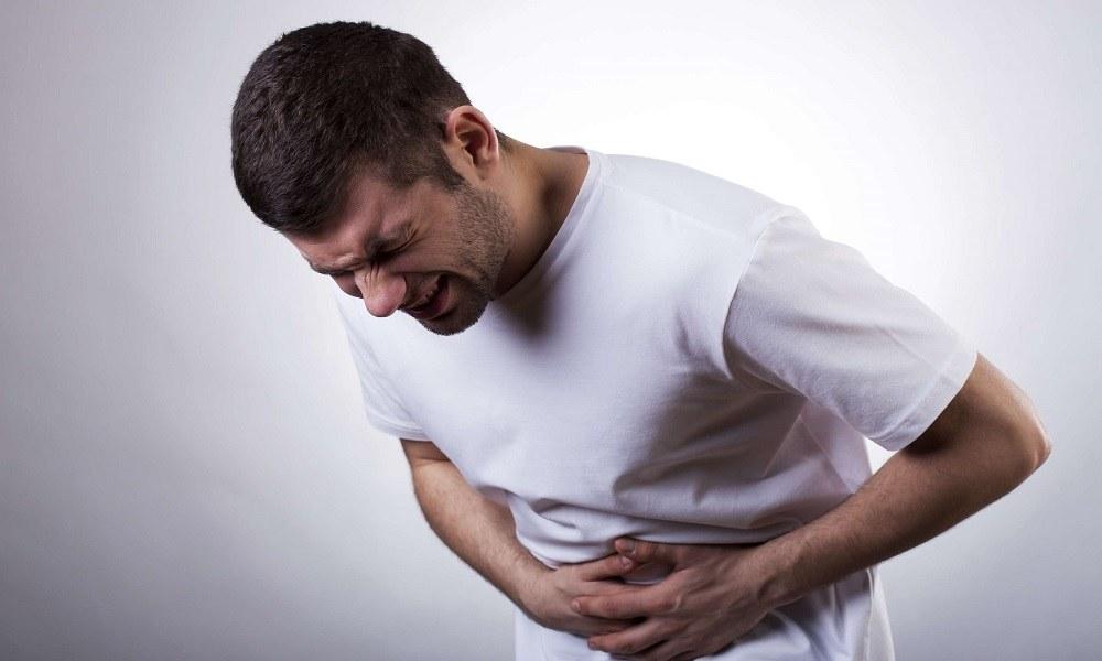При болях в животе нельзя применять методику Семеновой