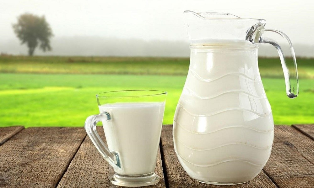 Кислое молоко